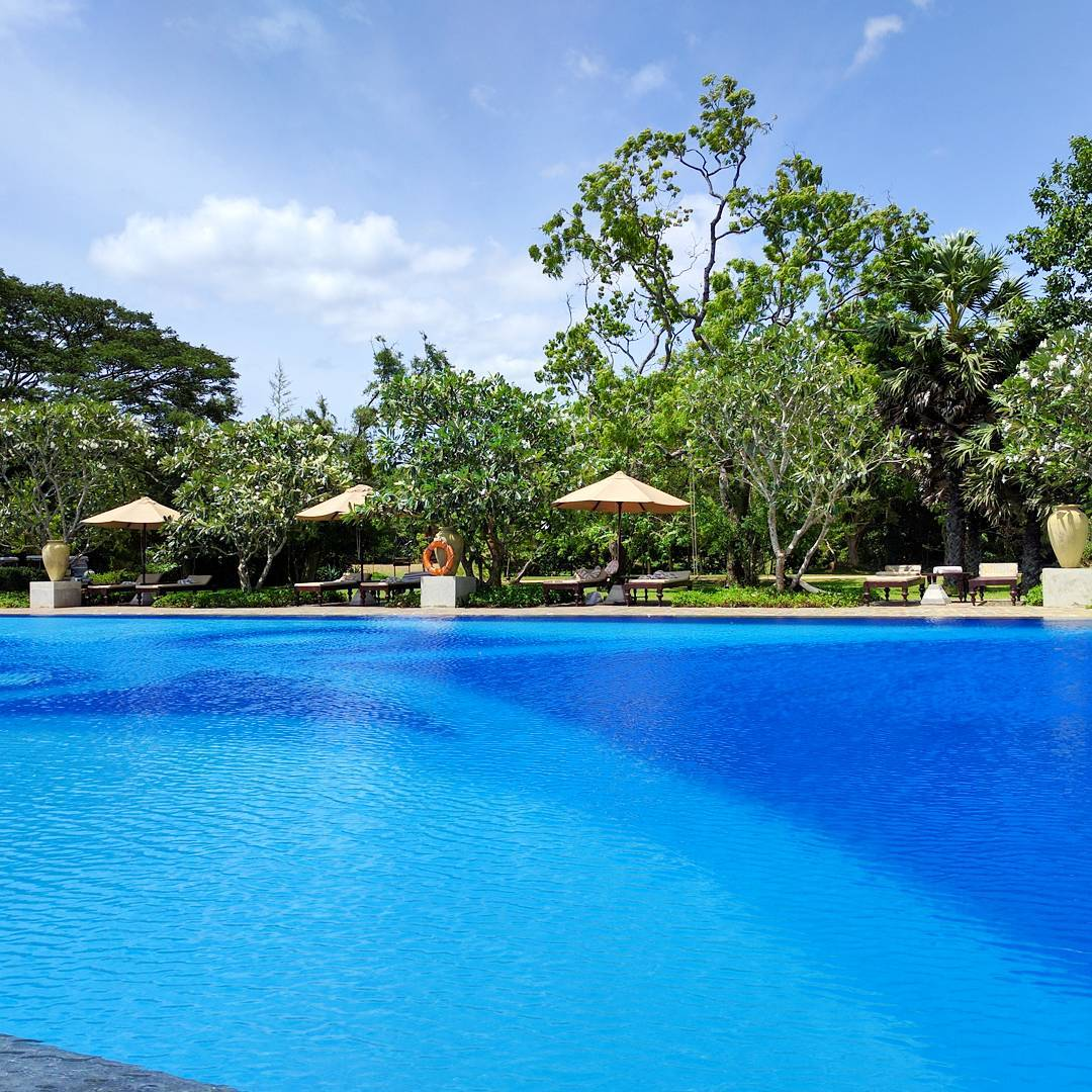 Life With Isabelle | Honeymoon in Sri Lanka: so blue