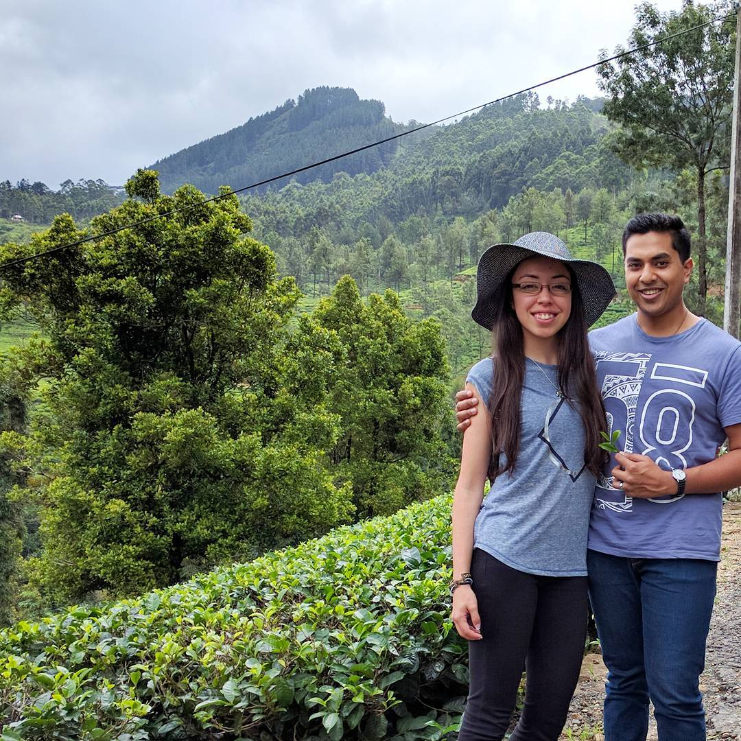 Life With Isabelle | Honeymoon in Sri Lanka: traditional tea picking